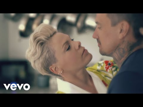 Video P!nk 90 Days ft Wrabel